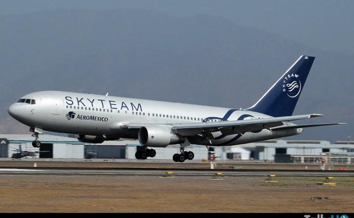 Con una flota de 100 aviones, aerolíneas Aeroméxico cumplió 80 años en los cielos