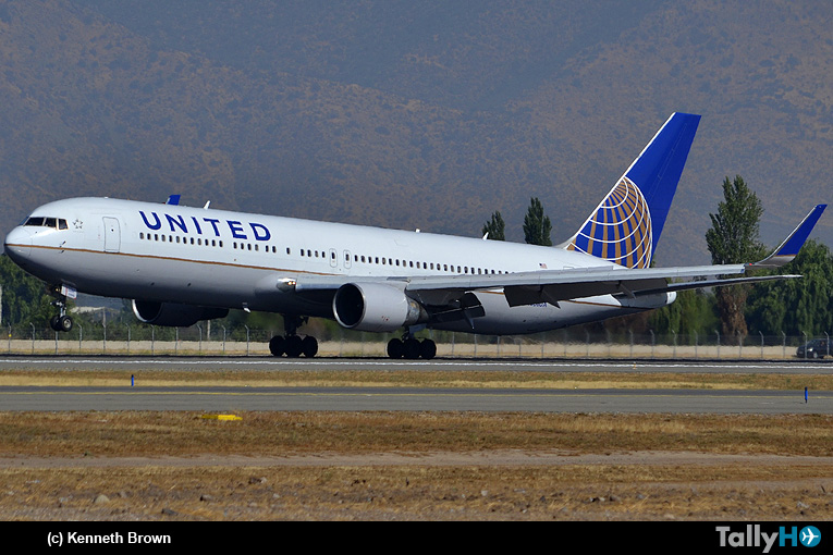 Aerolínea United regresa a Chile