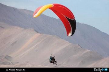 """Campeonato Internacional de Parapente """"Desafío del Norte"""", en Iquique"""