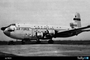 aviacion-historia-c124-puente-aereo-valdivia2