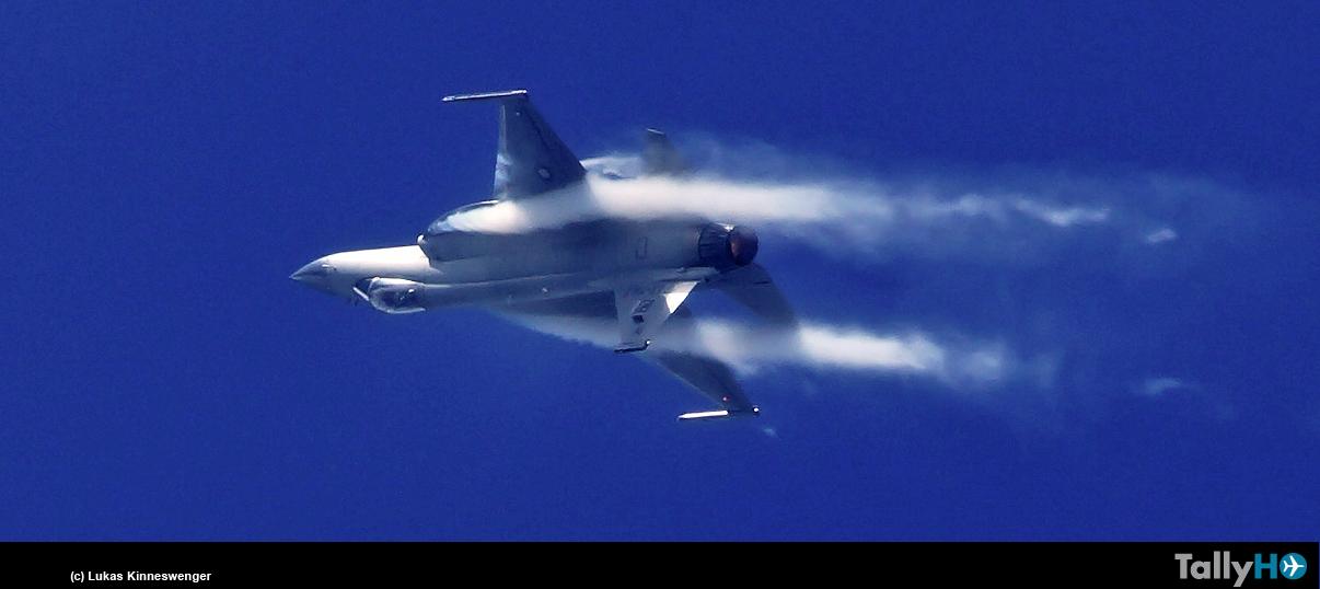 Gran interés generó el JF-11 Thunder, en el Salón Aeronáutico Le Bourget