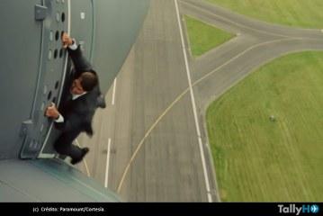 Espectacular maniobra de Tom Cruise en un Airbus, para la película Misión Imposible