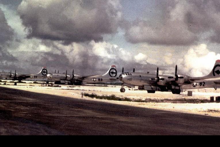 70 Años del lanzamiento de la bomba atómica desde el Enola Gay