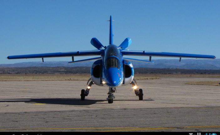 Presentan el IA-63 Pampa III en la FAdeA en Córdoba, Argentina