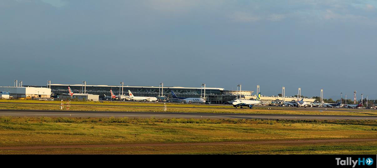 Resumen estadístico del transporte aéreo comercial de la JAC