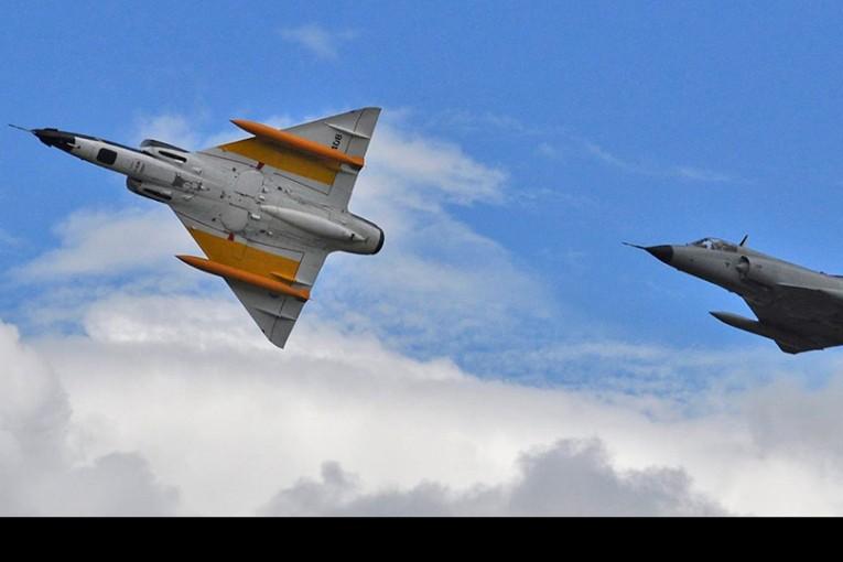 Adiós a los venerables Mirage de la Fuerza Aérea Argentina
