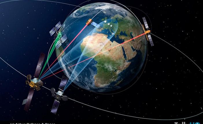 """Lanzamiento del primer satélite del programa """"SpaceDataHighway"""""""