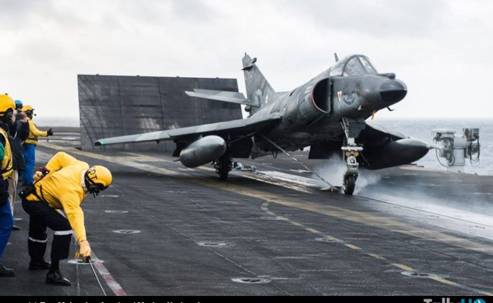 Marina Francesa realiza último catapultaje del Super Etendard Modernisé