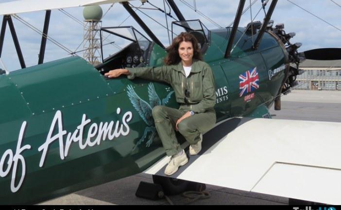 Famosa piloto Tracey Curtis-Taylor inició cruce de EE.UU. siguiendo antigua ruta del USairmail