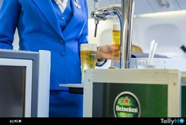 KLM se convierte en la primera aerolínea en servir cerveza de barril a bordo