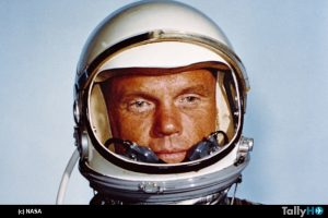 th-fallece-john-glenn-02