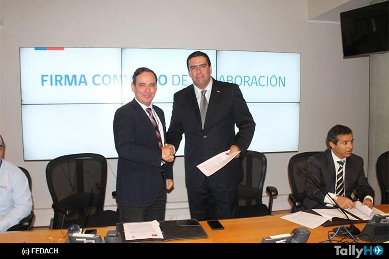 Federación Aérea de Chile y ONEMI firman convenio de colaboración