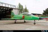 Irán presentó avión de entrenamiento avanzado denominado Kowsar