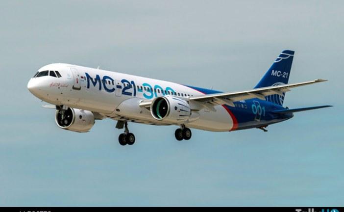 Nuevo avión comercial ruso MC-21 realizó su primer vuelo
