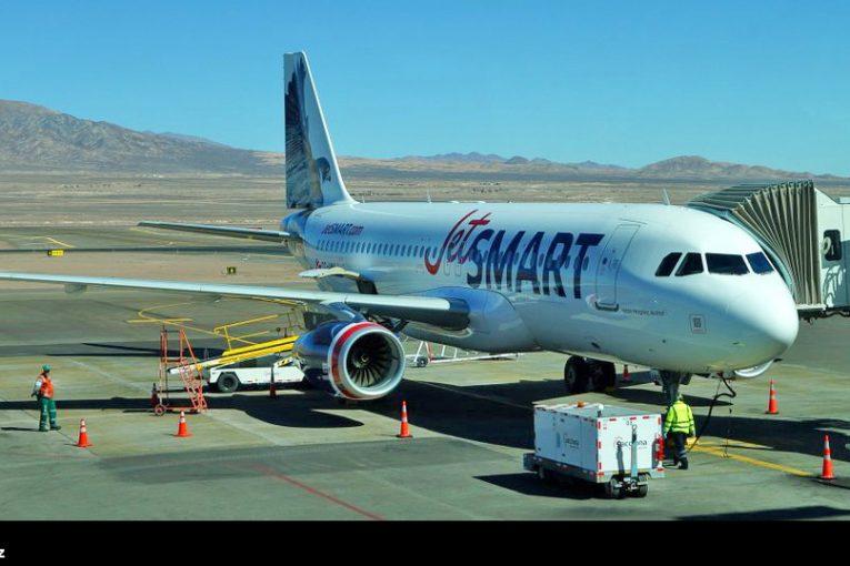 JetSmart realizó vuelo inaugural Santiago-Calama