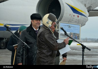 th-primer-vuelo-an124-ruslan-04