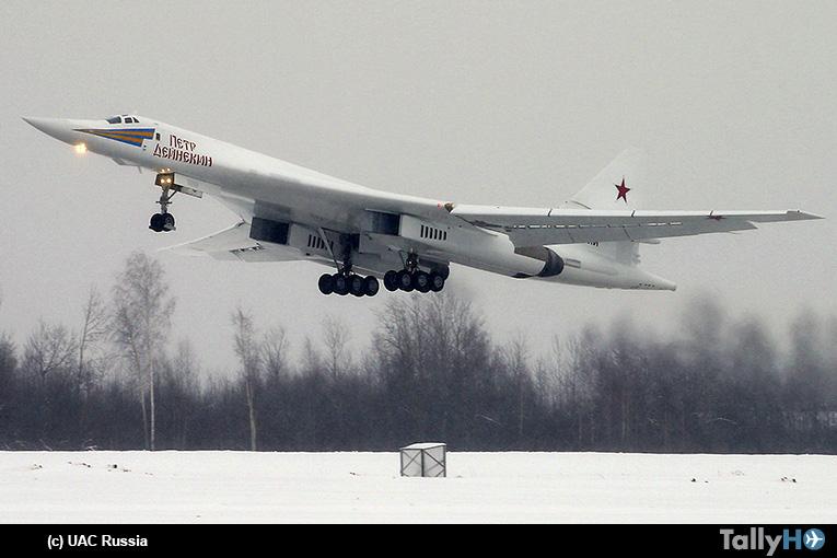 Primer vuelo del nuevo y modernizado bombardero Tupolev Tu-160M