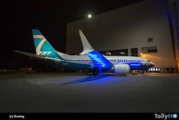 Boeing presentó el primer 737 Max 7