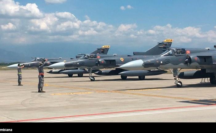 Aviones Kfir de la Fuerza Aérea Colombiana realizan ejercicio Fighter Drag