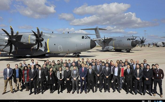 Airbus entregó simultáneamente dos A400M