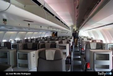 Iberia presentó nueva cabina Premium Economy y aumentará las frecuencias semanales Santiago – Madrid