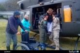 Adulto mayor con movilidad reducida es trasladado por la FACH desde Puerto Montt a remota localidad de Ventisquero