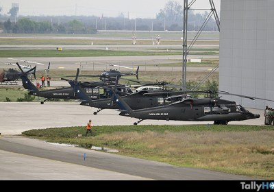 th-vuelo-black-hawk-fach-parada-militar-39