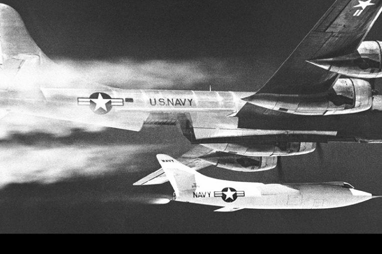 65 Aniversario del primer vuelo a dos veces la velocidad del sonido