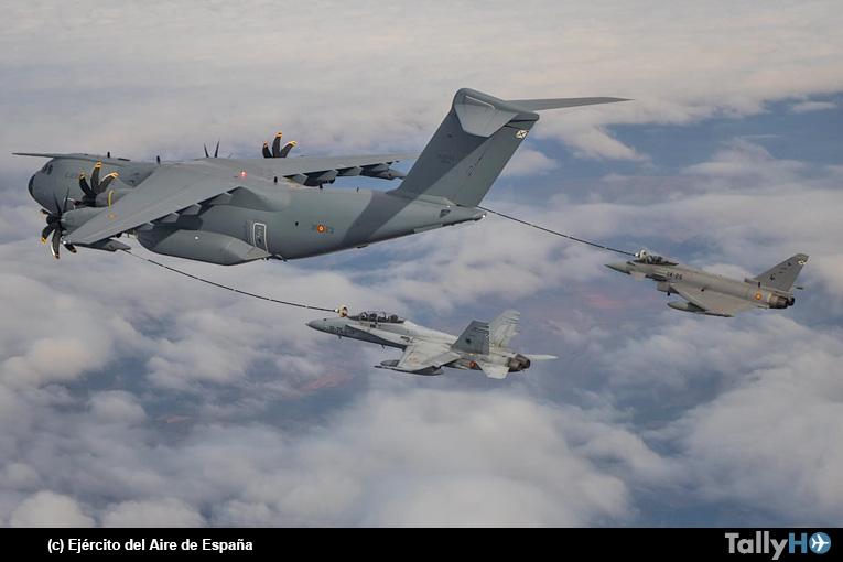 Airbus A400M reabastece en el aire por primera vez cazas Eurofighter