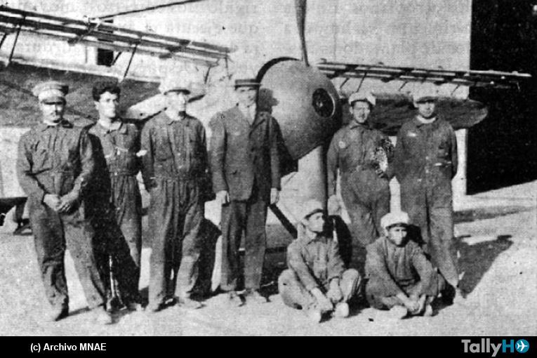 95 años del exitoso vuelo en altura de una aeronave con las ranuras Leigh