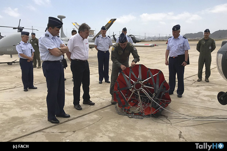 Fuerza Aérea de Chile presenta material polivalente para lucha contra incendios