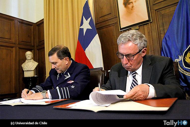 Fuerza Aérea de Chile y la Universidad de Chile firman convenio para el desarrollo de programa espacial nacional