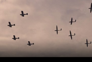 Club de Planeadores de Vitacura presente en el desfile en honor a las Glorias Navales
