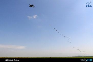 El Airbus A400M alcanza un hito en el despliegue de paracaidistas
