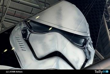 LATAM presentó avión con esquema inspirado en Star Wars