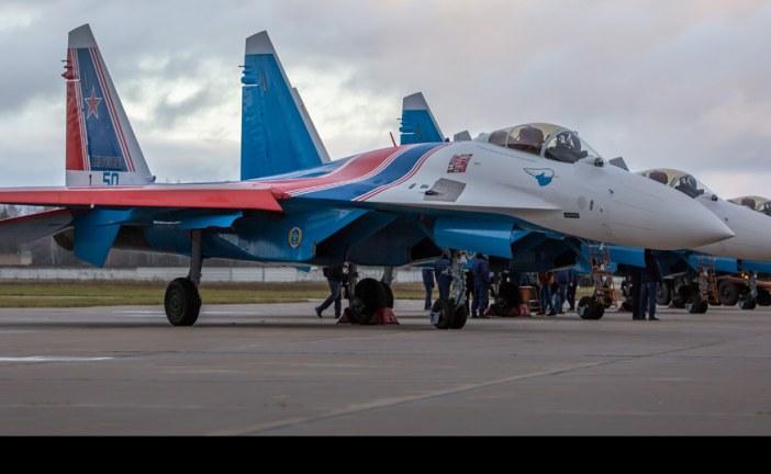 Equipo acrobático «Caballeros Rusos» recibe cuatro Sukhoi SU-35