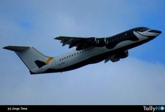 Dap presentó nuevo avión con esquema «Pingüino»