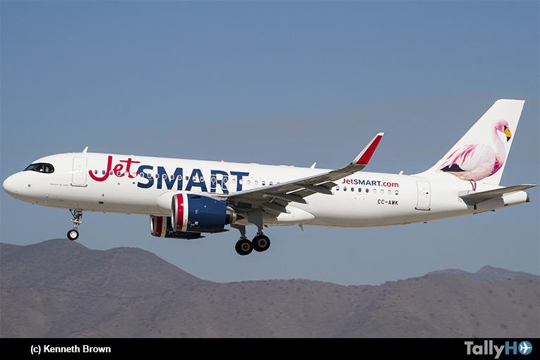 JetSMART aumentará frecuencias en sus vuelos entre Santiago, Cali y Bogotá