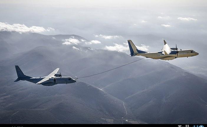 Airbus C295 realiza con éxito contactos «húmedos» como avión tanquero