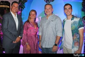 JetSMART y W Santiago relanzan la temporada de verano con fiesta temática «Tusammer»