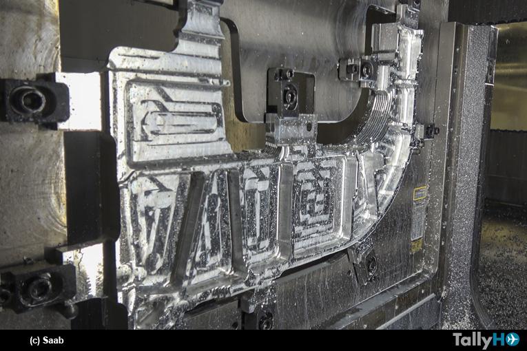Saab comenzó construcción del avión biplaza Gripen F