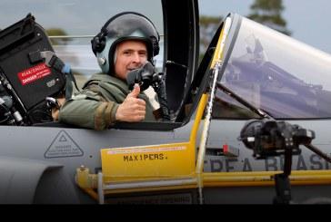 Primer vuelo de un piloto de la Fuerza Aérea de Brasil en un Saab Gripen E