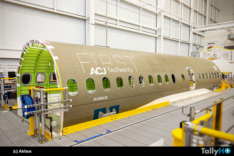 Airbus da la bienvenida a la primera sección ACJ TwoTwenty en Mirabel / Canadá