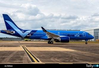 Breeze Airways presenta el primero de 80 Airbus A220 en pedido