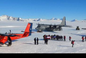 Operativo de la FACH trasladó autoridades nacionales a Glaciar Unión