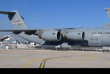 Visita al C-17 Globemaster III en FIDAE 2016