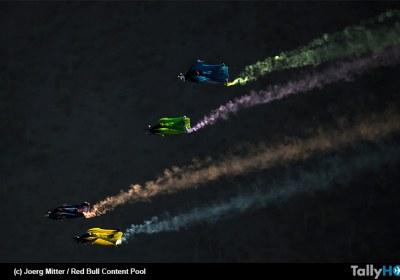 th-sebastian-ardilla-carrera-wingsuit-01