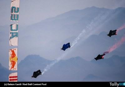 th-sebastian-ardilla-carrera-wingsuit-02