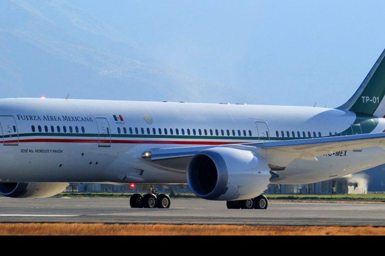 Aeronaves presidenciales y delegaciones en cambio de mando