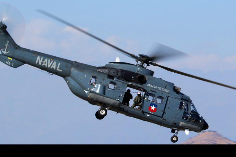 Demostración aérea de Aviación Naval de Chile en FIDAE 2018